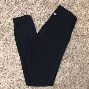 Lululemon high waisted Wunder Under leggings